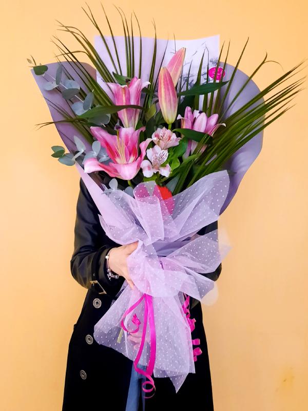 Veliki buket cveća